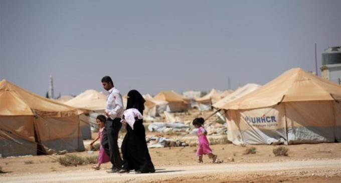 Syria First-Hand: Zaatari's Unclear Future (Ben Decker & Max Holland)
