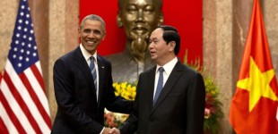 US Audio Analysis: Obama's Vietnam Trip Sends Message to China