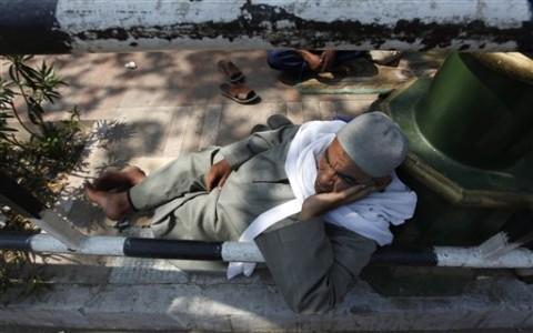 """Egypt Feature: The """"Deep Economic Crisis"""""""