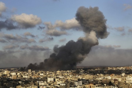 Gaza Summary, July 26: Death Toll Tops 900 as Israel & Hamas Reject Ceasefire Proposal