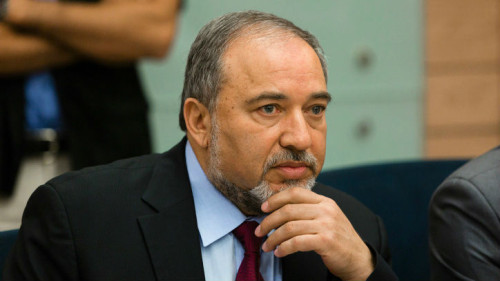 """Israel Daily, Dec 14: Foreign Minister Breaks with Netanyahu & """"Hysterical"""" Likud Party"""