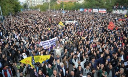 Turkey Daily, Nov 2: 1000s March for Besieged Syrian City of Kobane