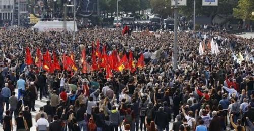 Turkey Feature: 1000s Protest at Scene of Ankara Bombing