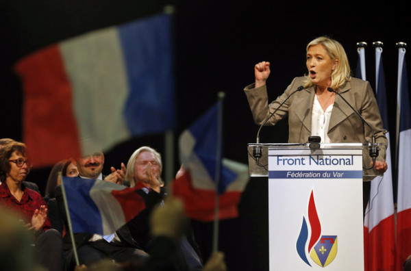 France's far-right National Front political party leader Marine Le Pen delivers a speech during a political rally in Six-Fours, near Toulon, March 16, 2015.   REUTERS/Jean-Paul Pelissier (FRANCE - Tags: POLITICS) - RTR4TLPY