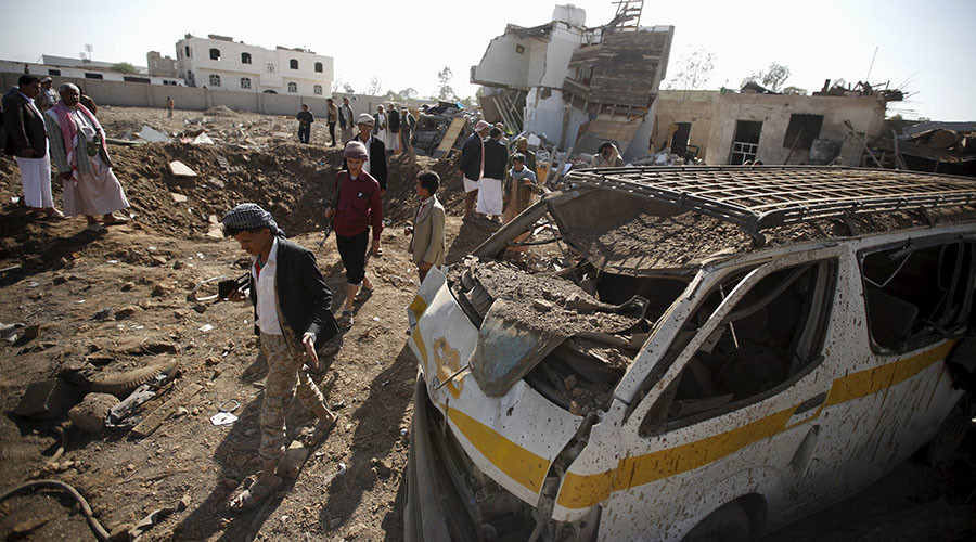 Yemen Feature: Saudi Coalition Dropping Cluster Bombs — Human Rights Watch