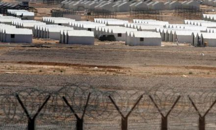 Syria Feature: A Near-Empty Camp in Jordan, But 10,000s Wait at Border