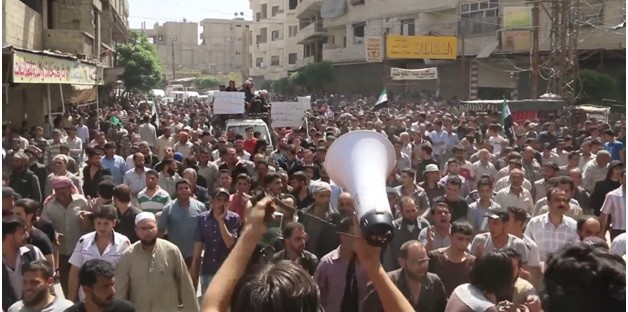 """Syria Feature: East Ghouta Protesters to Rebels """"Stop  Your In-Fighting"""""""