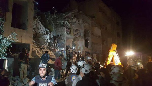 Syria Videos and Pictures: Deadly Attacks Near Idlib's National Hospital