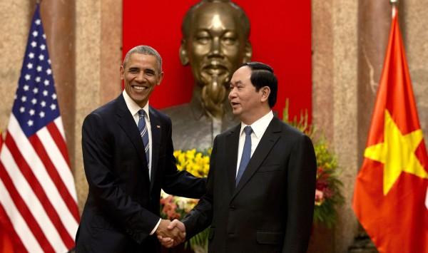 US Audio Analysis: Obama's Vietnam Trip Sends Message to China