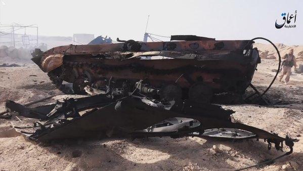 SYRIA DEIR EZ-ZOR DESTROYED ARMORE