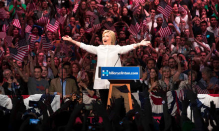 """US Analysis: How Clinton Can Defeat a """"Wild, Incoherent"""" Trump"""