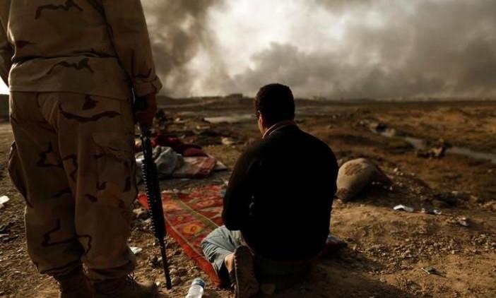 Iraq Feature: Advance Iraqi Forces on Outskirts of Mosul
