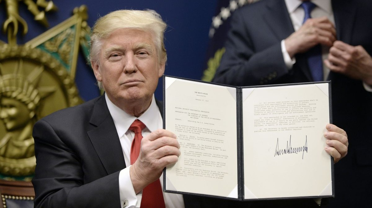 """US Podcast: Courts Defy Trump's """"Muslim Ban"""" — What Now?"""