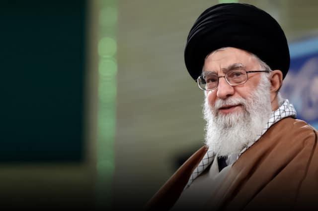 Iran Daily: Supreme Leader Denounces Ahmadinejad and His Allies