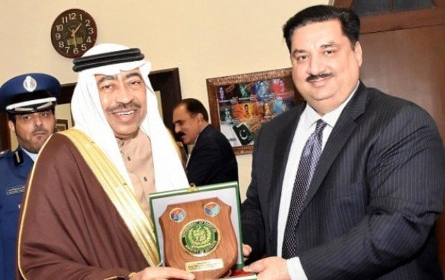 Pakistan's Toes a Neutral Line on the Saudi-Qatar Crisis