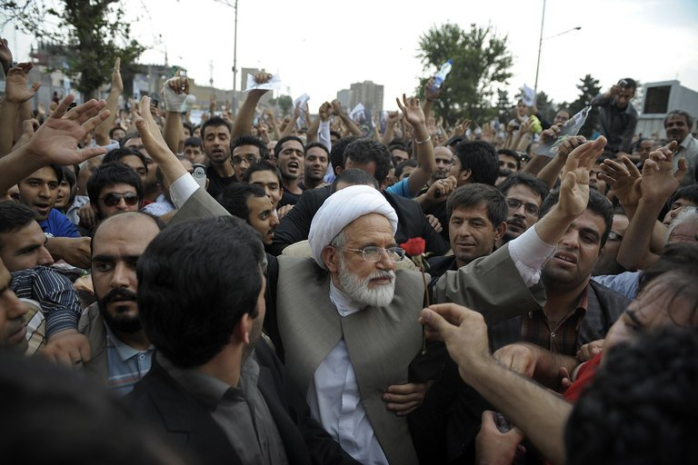 Iran Daily: Detained Opposition Leader Karroubi Challenges Supreme Leader