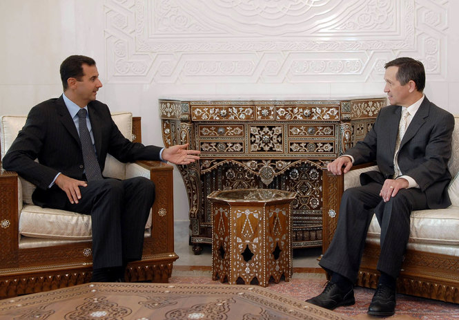 The Pro-Assad Outlets Behind US Politician Kucinich's Syria Appearances