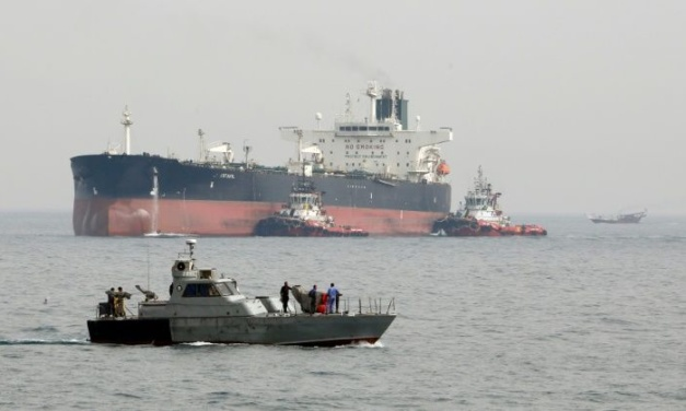 Iran Daily: Tehran — Private Companies Can Sell Our Oil