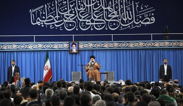 """Iran Daily: Khamenei — """"US Will Never Be Able to Do A Damn Thing"""" About Us"""