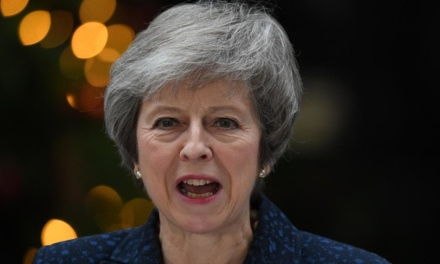 EA on TRT World: UK's Prime Minister Faces Brexit Vote of Confidence