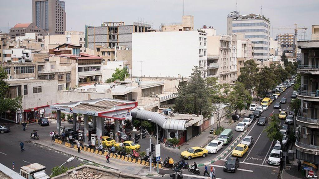 Iran Daily: Queues Amid Reports of Petrol Rationing