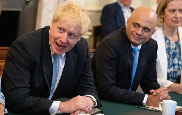 The 1st 24 Hours of Boris Johnson's Amusement Over Substance