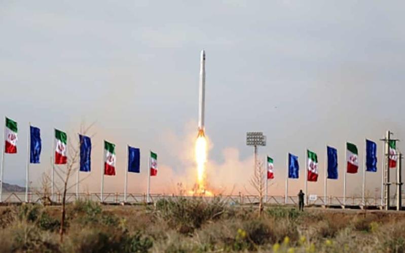 Iran Daily: Trump Threatens as Tehran Launches 1st Military Satellite