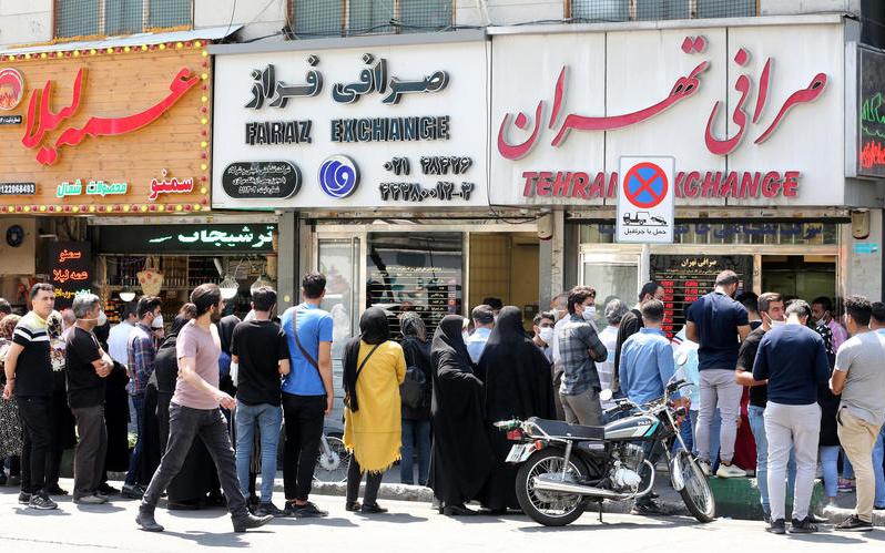 "Iran Daily: ""Line of Fools"" — Coronavirus Resurges as Social Distancing Breaks Down"