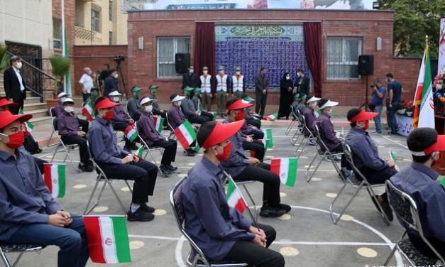 Coronavirus — Iran's Schools Reopen Despite Medical Warning