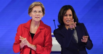 Senators Elizabeth Warren (L) and Kamala Harris, Houston, Texas, September 12, 2019 (Win McNamee/Getty)