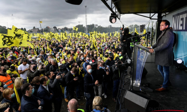 "Vlaams Belang's Populists Seek Lead of Belgium's ""Flemish Front"""