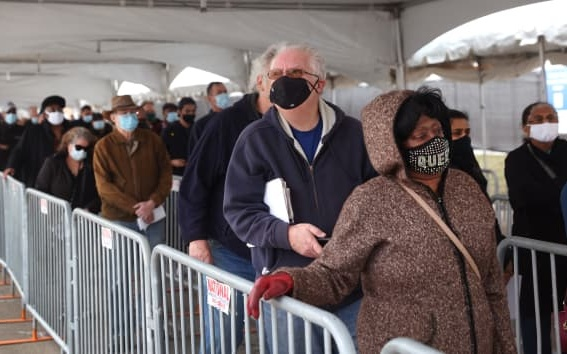 Coronavirus: Biden Calls for Restoration of Mask Mandates Amid Concern Over New Surge
