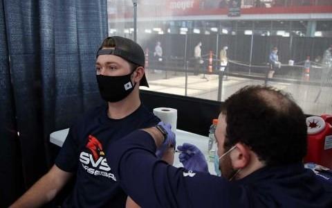 """Biden: """"Every US Adult is Eligible to Get Coronavirus Vaccine"""""""