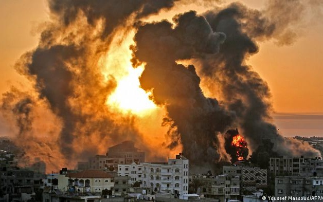 EA on Radio FM4: Will the Killings in Gaza and Israel Escalate to War?