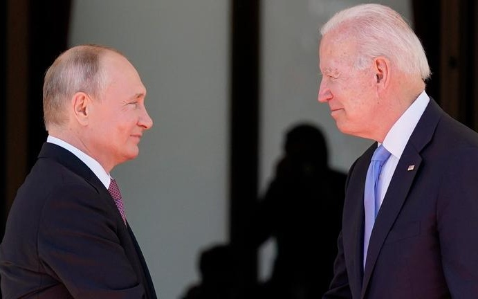"""Biden Sets Out """"Basic Rules of the Road"""" to Putin"""