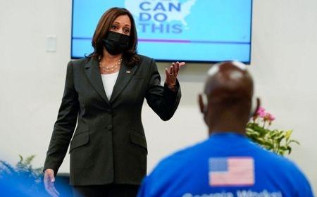 Biden Hails 300 Million Coronavirus Vaccinations, But Warns of Delta Variant