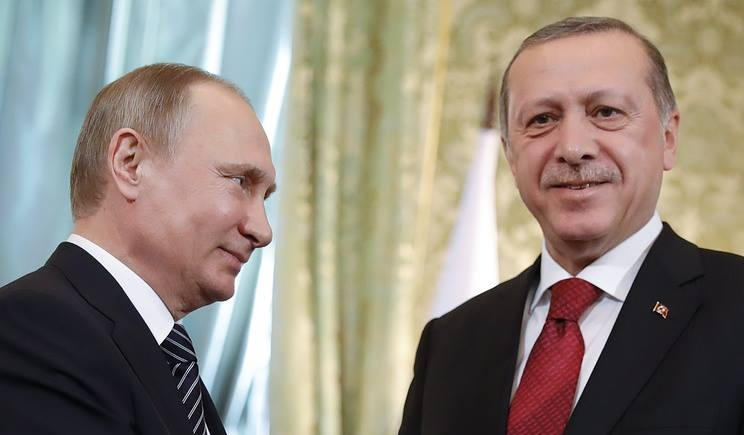 Russia Expands Airstrikes in NW Syria as Turkey Deploys Troops