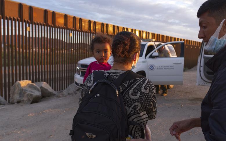 Biden Administration Fast-Tracks Deportation of Migrant Families