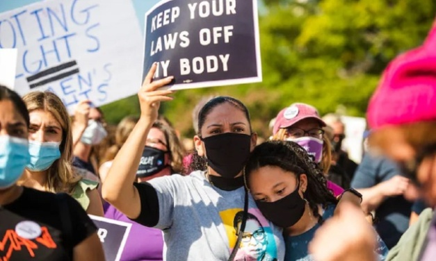 Women's Rights Marches Across US in Protest v. Abortion Restrictions